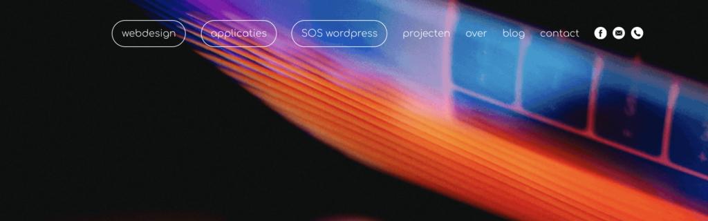 Screenshot van het hoofdmenu van de WebGoeroe website